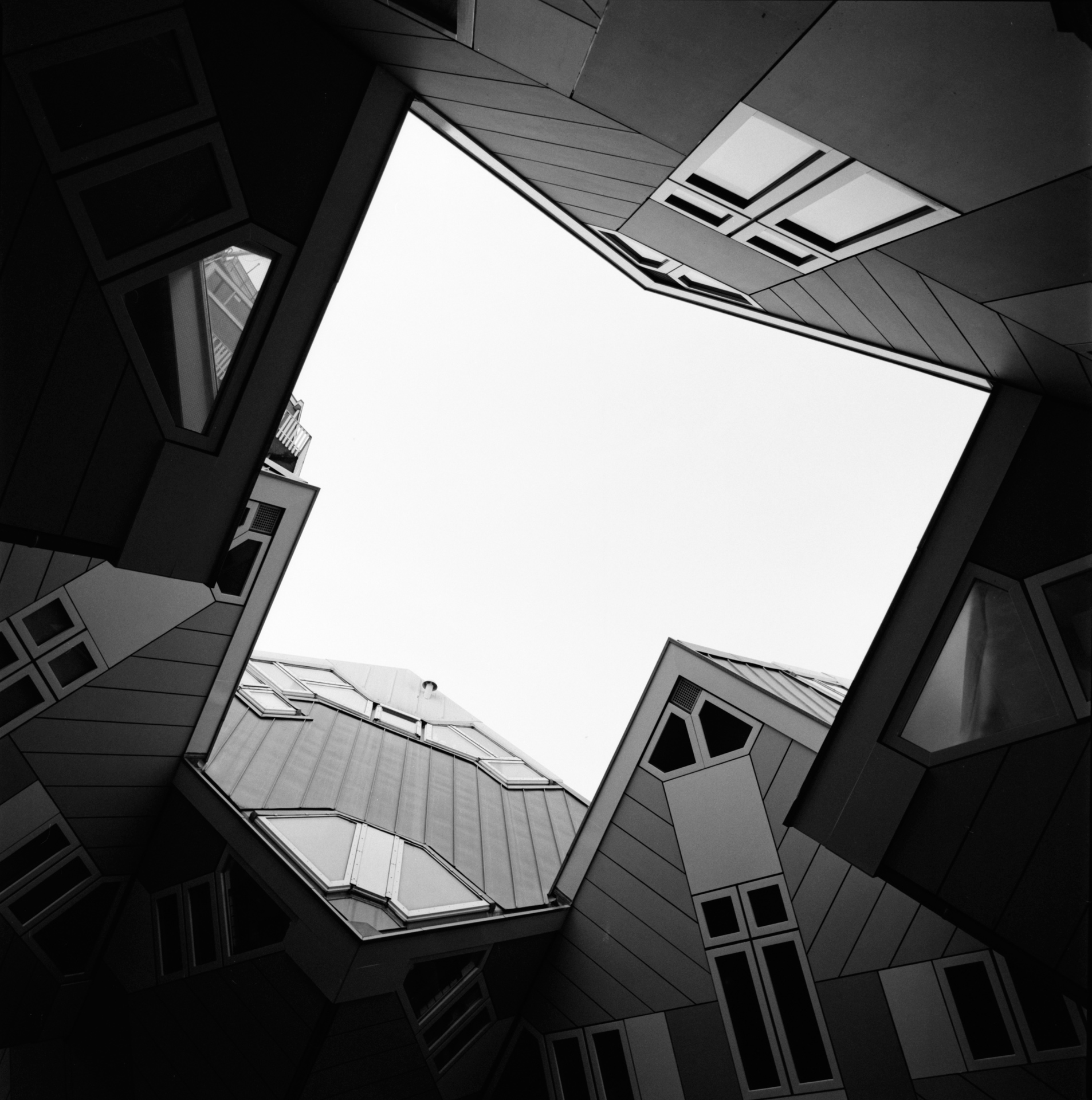 photography by David Hatters in Rotterdam, Geometries of the sky, film shot with Hasselblad
